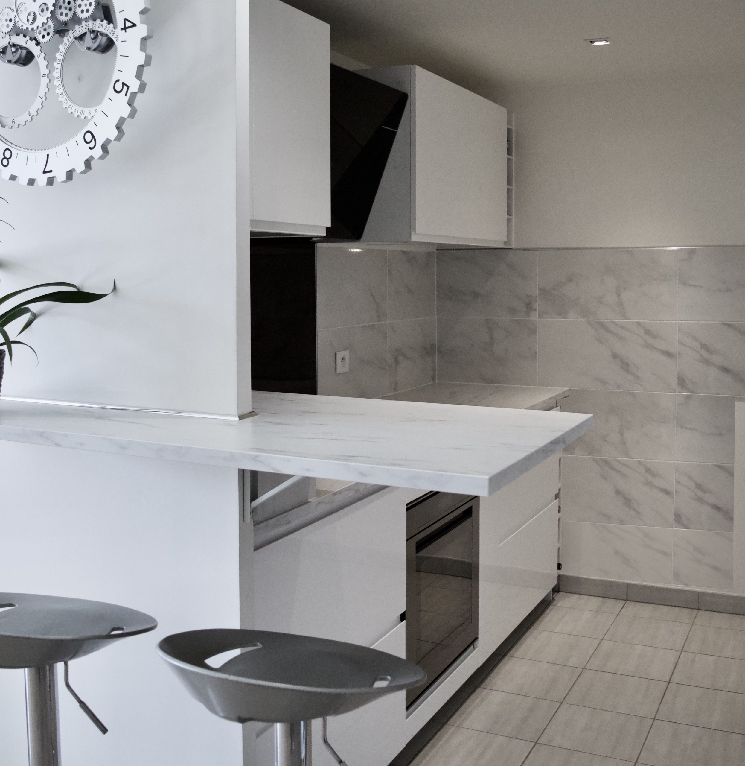 Aménagement d'une petite cuisine par MH DECO dans le 20e arrondissement de Paris