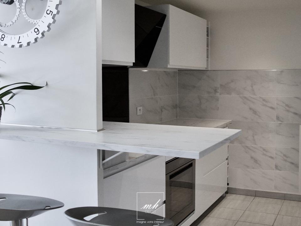 Aménagement d'une petite cuisine dans le 20e arrondissement de Paris par MH DECO