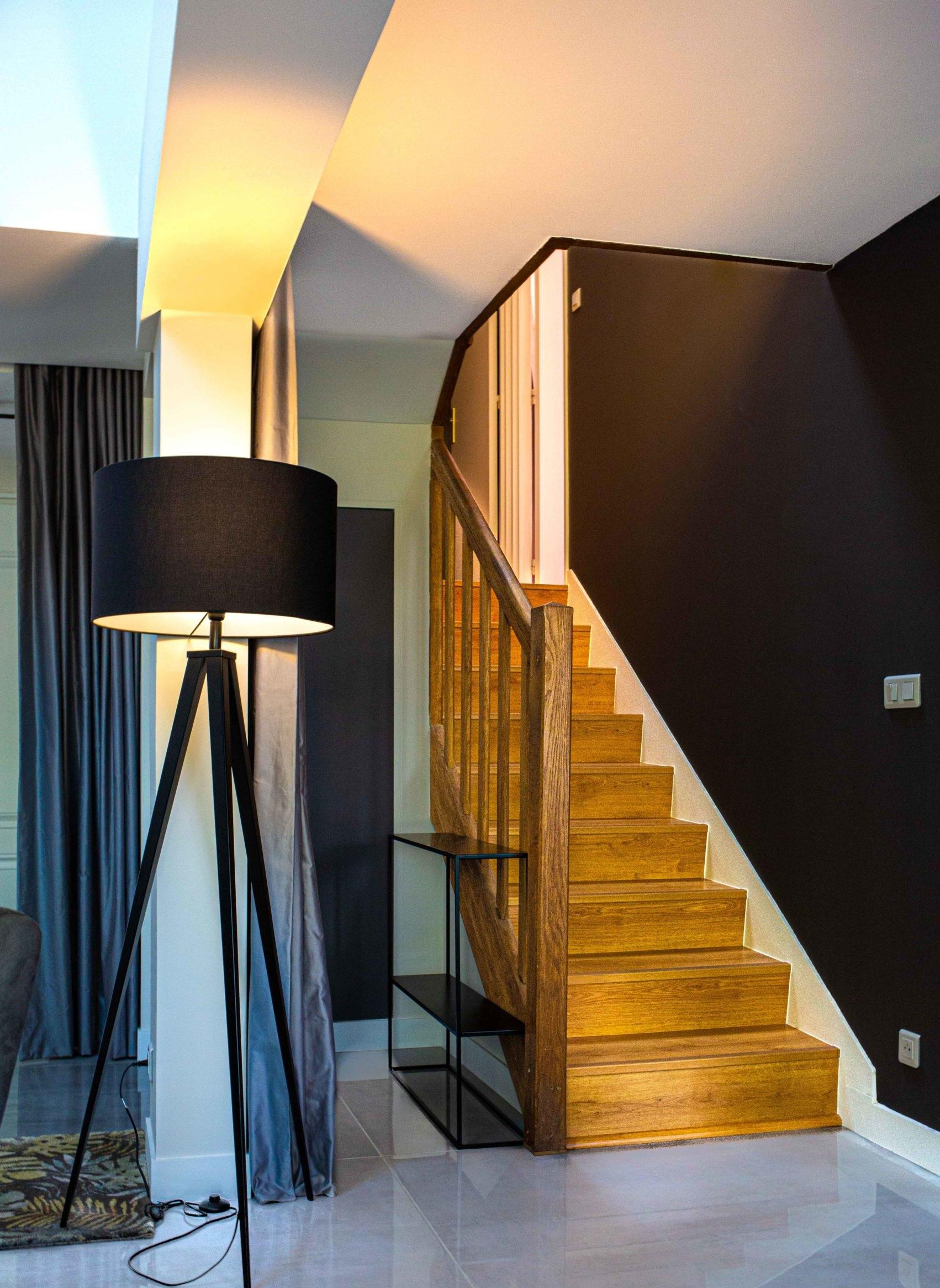 mh-deco-taverny-cage-escalier