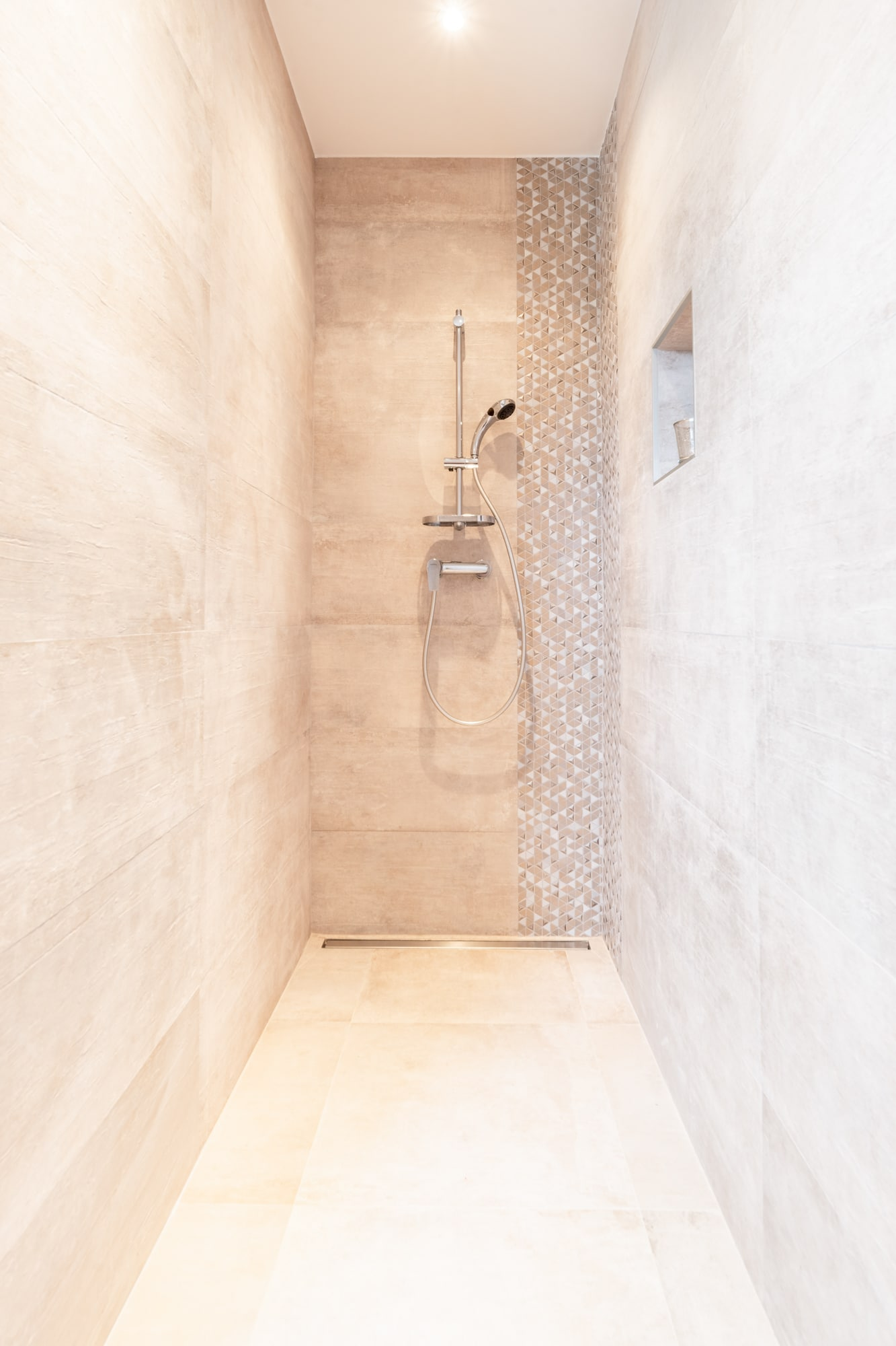 mh-deco-valence-salle-bains-douche-italienne